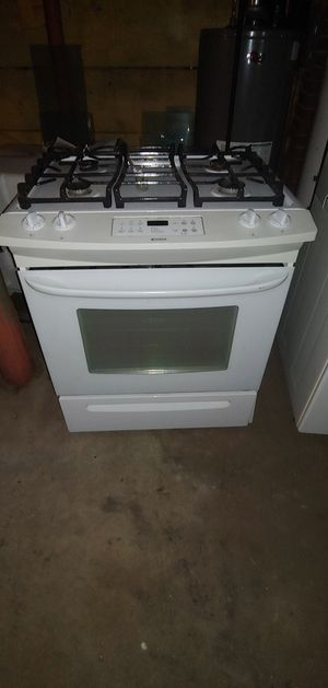 (I WILL Sell individuals) Kenmore Stove, dishwasher for Sale in Waltham, MA