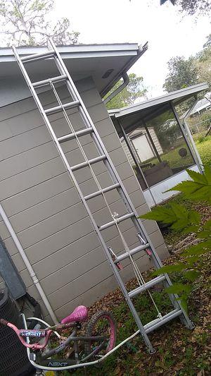 Werner 20 ft extension ladder for Sale in Tampa, FL