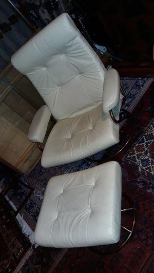 Ekornes 1960s recliner and ottoman for Sale in Bellevue, WA