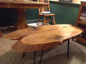 Coffee table for Sale in Metamora, IL
