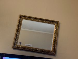 Wall mirror for Sale in Memphis, TN