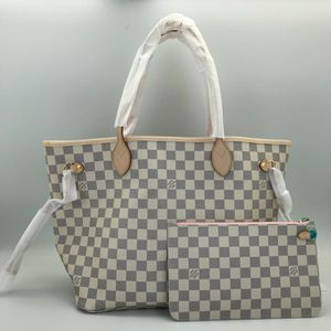 Louis Vuitton Neverfull MM Bag for Sale in Layton, UT