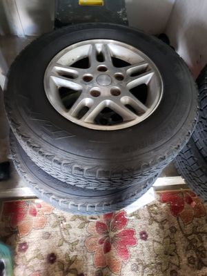 04 Jeep Grand Cherokee Wheels and tires for Sale in Belleair, FL