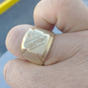 Men Gold Classic Ring for Sale in Fort Lauderdale, FL