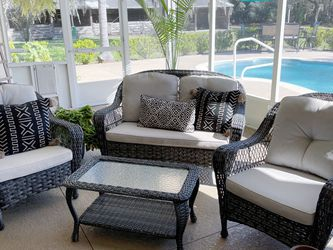 Outdoor Wicker Furniture Set for Sale in Hudson,  FL