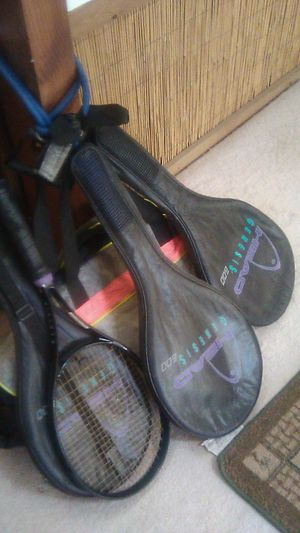 """Three """"Head Genesis"""" tennis rackets and ike travel carrying bag for Sale in Los Angeles, CA"""