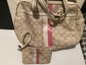 Coach purse and wristlet for Sale in Severn, MD
