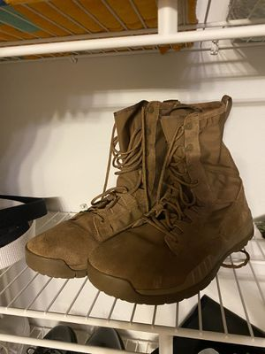 Nike boots 11.5 M for Sale in Zephyrhills, FL