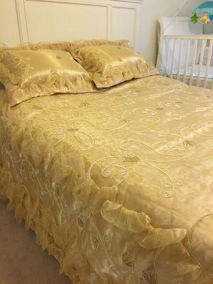Queen bedding set for Sale in Tempe, AZ