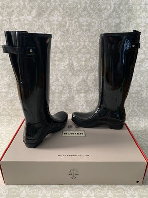 Hunter women's rain boots on sale . Each pair is $80 for Sale in Queens, NY
