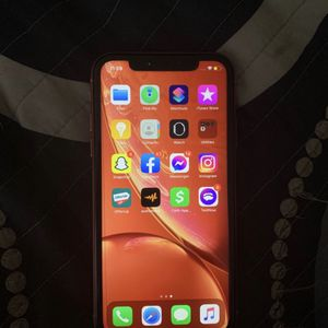 iPhone xr for Sale in Cayce, SC