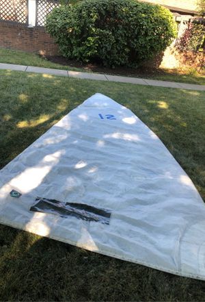 Quantum 16 foot sail. No tears for Sale in Columbus, OH