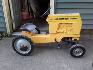 Minneapolis Moline Peddle tractor for Sale in Grundy Center, IA