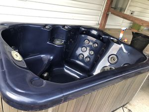 Hot tub for Sale in Virginia Beach, VA