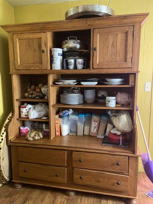 Antique cabinet for Sale in Banning, CA