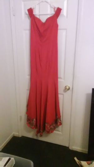 Prom party dresses dress for Sale in Fresno, CA