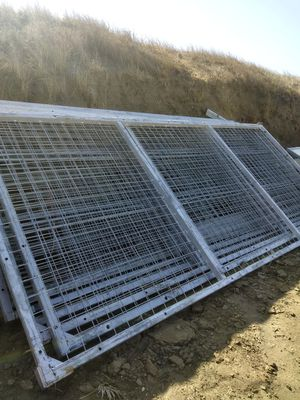 Horse corral panels 15'long x 7'high welded wire mesh $200 each/cada uno for Sale in Riverside, CA