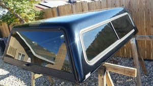 Fiberglass camper shell will fit Chevy Silverado and Ford F-150 6.5 ft bed for Sale in Apple Valley, CA