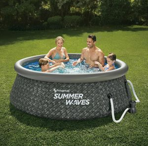 Summer Waves 8 x 30 Quick Set Above Ground Swimming Pool w/ Pump for Sale in Yonkers, NY