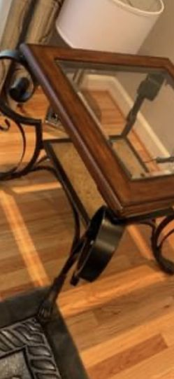 2 Side Tables And 1 Long Coffee Table Like New for Sale in Frederick,  MD