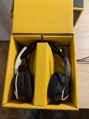 Void pro headphones for Sale in Oak Glen, CA