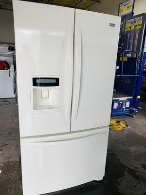 Refrigerador Cream kenmore Elite for Sale in North Las Vegas, NV