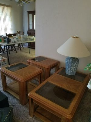 Sofa/coffee table matching set for Sale in Austin, TX