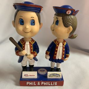 Phillies Phil and Phyllis bobble head figure. for Sale in Fort Belvoir, VA