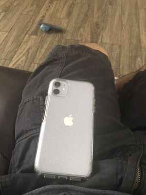 iPhone 11 for Sale in Charlotte, NC