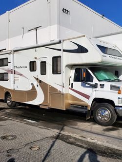 2008 Chateau RV for Sale in Huntington Park,  CA