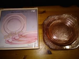 Vintage Pink salad desert plates 3 boxes for Sale in Lake Elsinore, CA