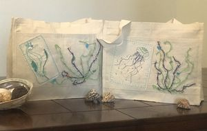 Summer Tote Bags for Sale in Hesperia, CA
