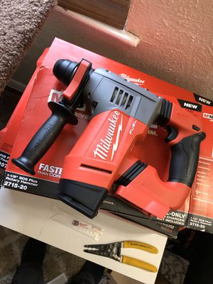Milwaukee fuel brushless rotary hammer drill for Sale in Denver, CO