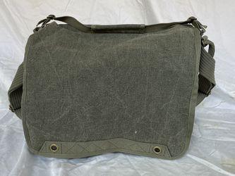 Thinktank Retrospective 30 2.0 camera bag NEW for Sale in Chicago,  IL