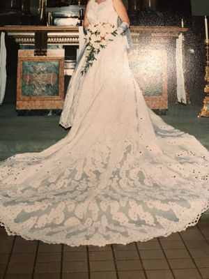 Beautiful Wedding Gown for Sale in Hinsdale, IL