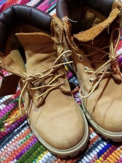 Kids Timberlands Size 3.5 for Sale in North Versailles,  PA