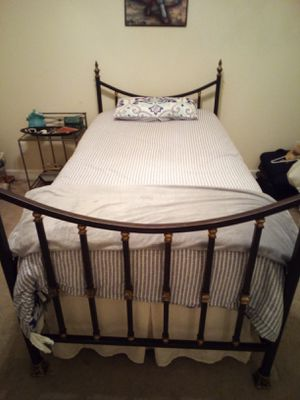 Twin Bed for Sale in Spring Hill, TN