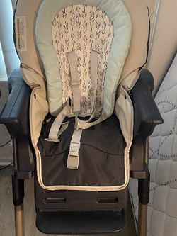 High Chair for Sale in Placentia,  CA