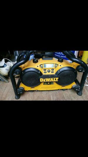 DeWalt DC011 work side radio 18V for Sale in Graham, NC