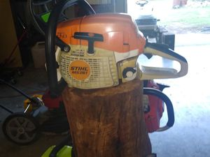 Stihl Ms261 chainsaw for Sale in Bandera, TX