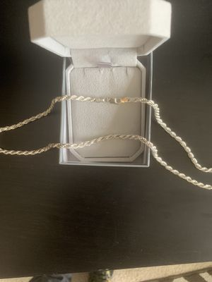 """Authentic Italian silver chain 30 or 32"""" for Sale in Seattle, WA"""