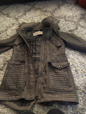 Burberry women quilted jacket. SERIOUS INQUIRES ONLY!! for Sale in Philadelphia, PA