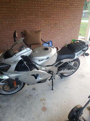 2006 kawasaki zzr600 for Sale in Winder, GA