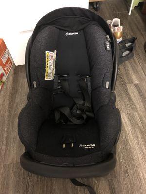 Car seat! Maxi cosi mico 30! Very clean for Sale in Fairfax, VA