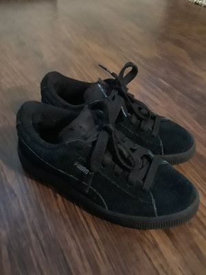 Suede PUMA Size US 2.5C for Sale in Houston, TX