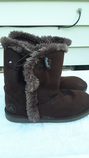 Girls Airwalk boots for Sale in Wickliffe, OH