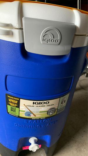 5G Igloo Cooler for Sale in Houston, TX