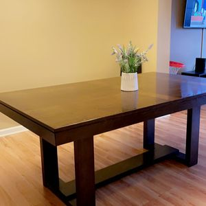 Beautiful Wood dining Table With Leather Chairs for Sale in Saint Charles, MO
