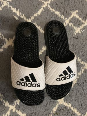 ADIDAS SPIKE SOLE SLIDES SIZE 8 WOMENS for Sale in Denver, CO