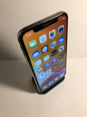 iPhone X 64gb Silver (T-Mobile and Metro Unlocked) Excellent Condition for Sale in Oakland, CA